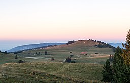 Mont Racine at sunrise.jpg