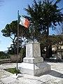 Monumento ai Caduti - panoramio - pietro scerrato (4).jpg