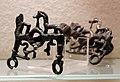 Morso di cavallo dalla tomba manetti 02.JPG