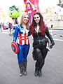 NYCC 2014 - Captain America & Black Widow (15305928269).jpg