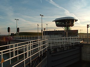 Naviduct - Naviduct control tower