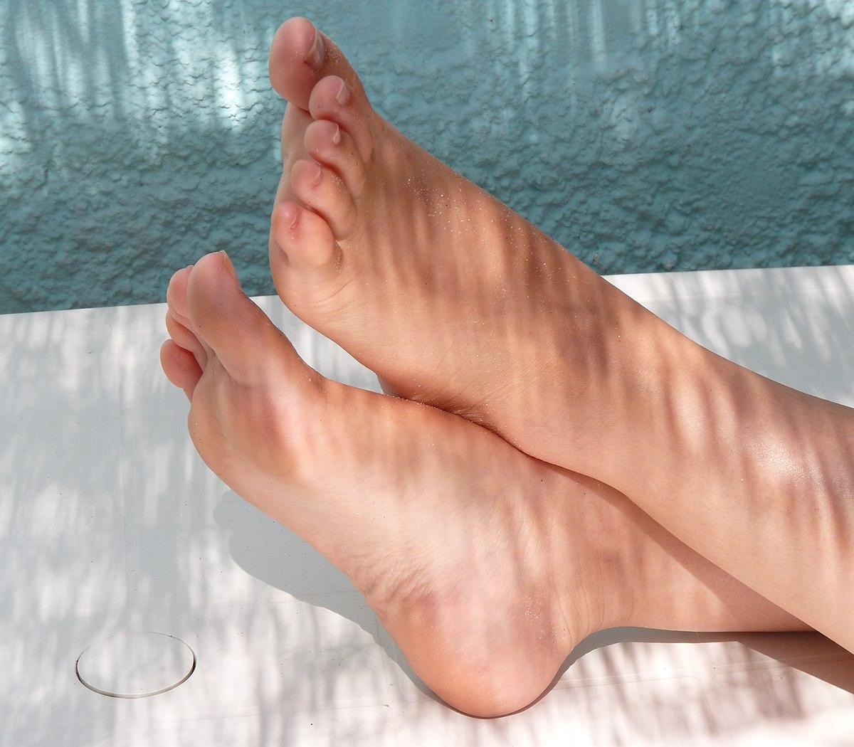 cum îți împiedici picioarele să se umfle