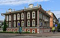 Novosibirsk LeninaSt wooden house 07-2016.jpg