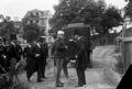 O Rei Dom Carlos com o presidente do Conselho, conselheiro João Franco, no local do futuro liceu Passos Manuel, 1907.png
