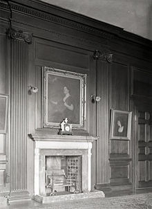 Oak room at Sutton Scarsdale Hall 1919 showing portrait of Mrs Robert Arkwright.jpg