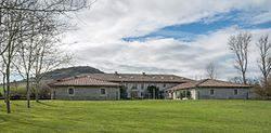 Olarizu - Casa de la Dehesa 01.jpg