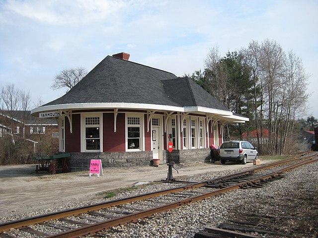 File Old Yarmouth Railway Station Yarmouth Maine 2 Jpg