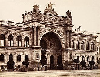 Salon des Refusés - The Palais de l'Industrie, where the event took place. Photo by Édouard Baldus.
