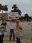 Palin protestors 4 (2931810860).jpg