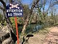 Panneau attention au petit train du Parc de la Tête d'Or.jpg