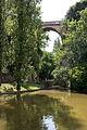 Parc des Buttes-Chaumont, pont des suicidés.jpg