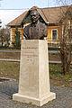 Paulheim József mátyásföldi szobra teljes.JPG