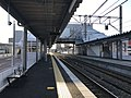 Platform of Itoshima-Kokomae Station 3.jpg