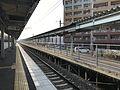 Platform of Yusu Station 4.jpg