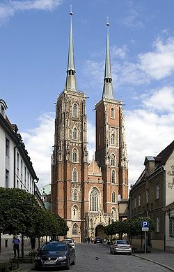 Poland Wroclaw Cathedral 2007 new.jpg