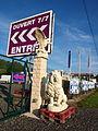 Pont-sur-Yonne-FR-89-dépot de décorations de jardin-04.jpg