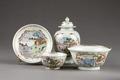 Porslinsservis gjord i Kina - Hallwylska museet - 96068.tif