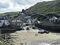 Port Isaac Harbour, Cornwall (461134) (9455725445).jpg