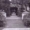 Potsdam-Sanssouci - Felsentor mit Blick zur Ariadne.jpg