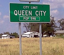 City limits sign, Queen City, Missouri.