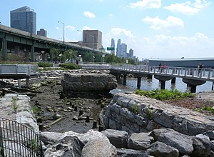 Riverside South, Manhattan - Stonework of a former rail embankment in Riverside Park South