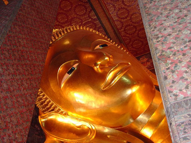 File:Reclining Buddha, Wat Pho, Bangkok a063.jpg