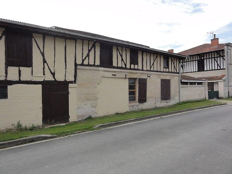 Remennecourt (Meuse) maison à pans de bois