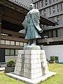 Rennyo statue.jpg