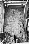resten van schouw, linker zijmuur, voorhuis op verdieping - leiden - 20137376 - rce