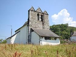 Restoue (Laguinge-Restoue, Pyr-Atl, Fr) église trinitaire coté portail.JPG