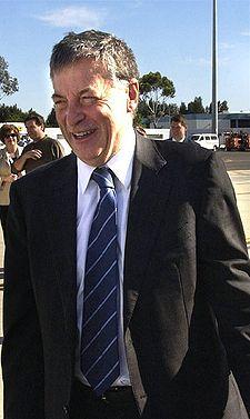 Robert Hill (Australian politician)   the free ...