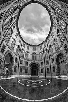Rotonda Foschini - Teatro Comunale Ferrara (bianco nero).jpg