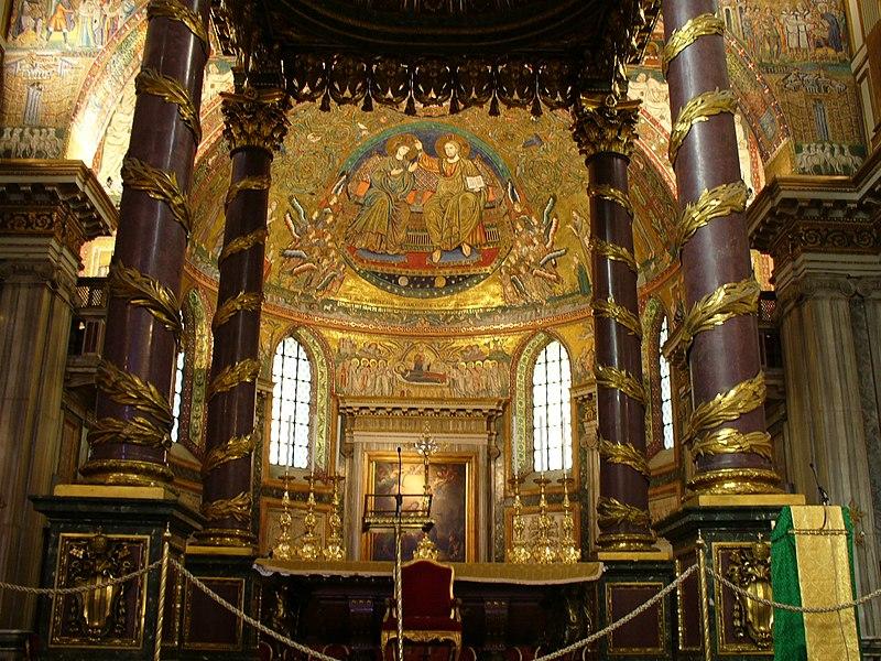 S. Maria Maggiore - Altar (2035992426).jpg
