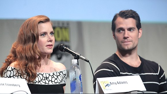 Adams and Henry Cavill, her co-star in the DC Extended Universe, at the 2016 San Diego Comic-Con SDCC 2015 - Amy Adams & Henry Cavill (19091120273) (cropped).jpg