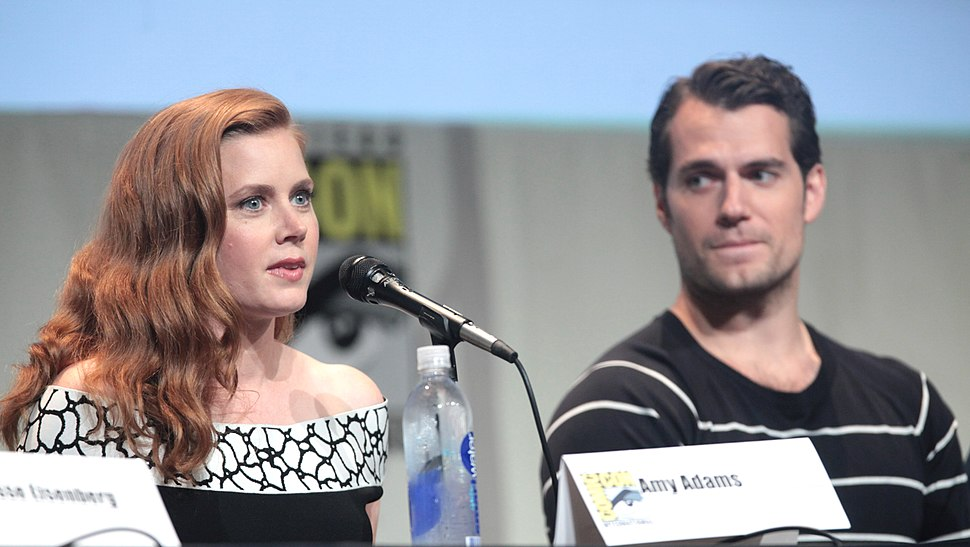 SDCC 2015 - Amy Adams & Henry Cavill (19091120273) (cropped)