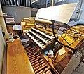 Saarbrücken-Burbach, St. Eligius (Weise-Orgel, Spieltisch) (10).jpg