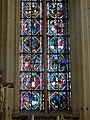 Saint-Germer-de-Fly (60), Sainte-chapelle, vitrail n° 2, registres inférieurs.jpg