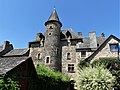 Sainte-Eulalie-d'Olt château (2).jpg