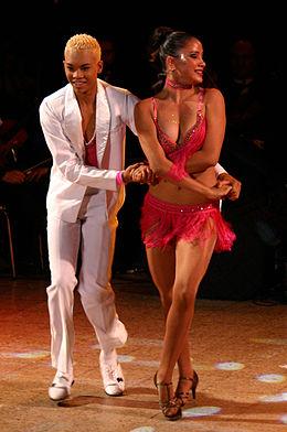 Salsa (baile) - Wikipedia c6f7b3bd698