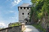 Sankt Georgen am Längsee Burg Hochosterwitz 10 Waffentor 1576 01062015 4300.jpg