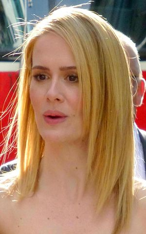 American Horror Story: Coven - Image: Sarah Paulson 12 Years a Slave 55 cropped