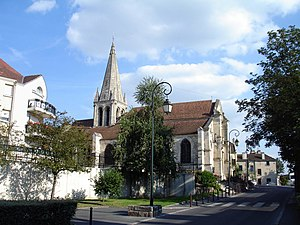 Sarcelles - The church, classified as a historic monument