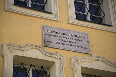 Schanzlgasse 14 Alexander von Humboldt-Gedenktafel Salzburg 2014 a.jpg
