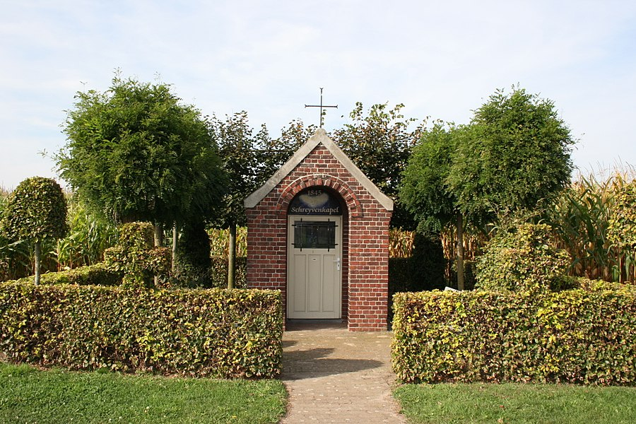 The Schreyvenkapel is a chapel situated in the village Molenbeersel, on the street Grootbeersel.