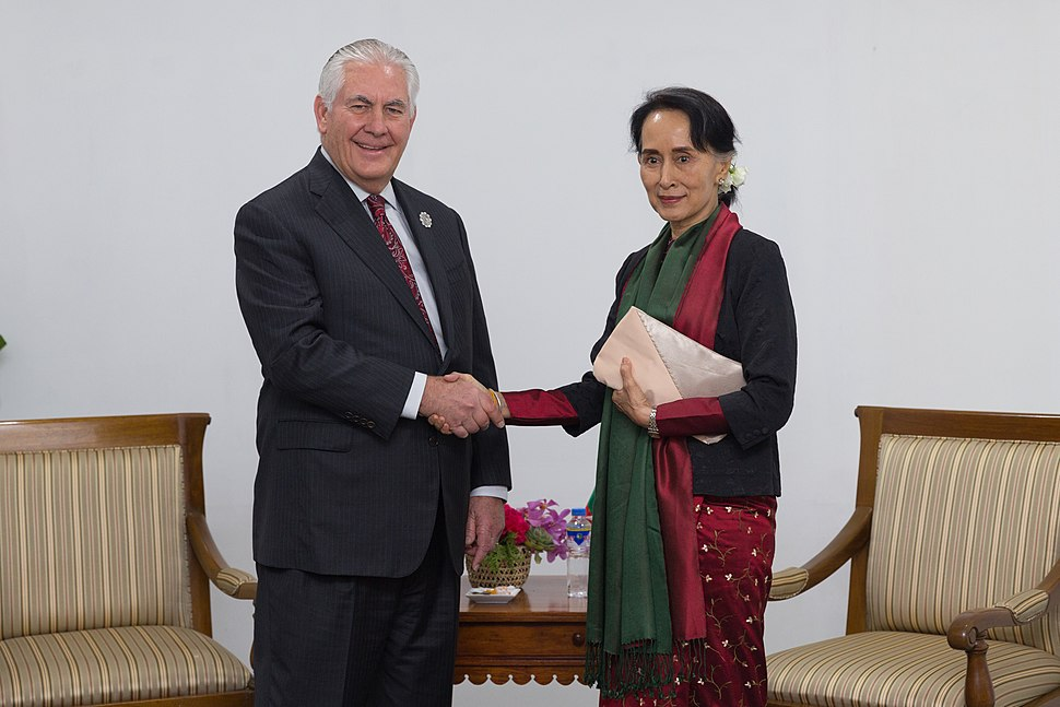 Secretary Tillerson Meets With Burma State Counsellor Aung San Suu Kyi on Margins of ASEAN Summit in Manila (38371744712)