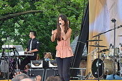 Selena Gomez Live on Good Morning America 02.jpg