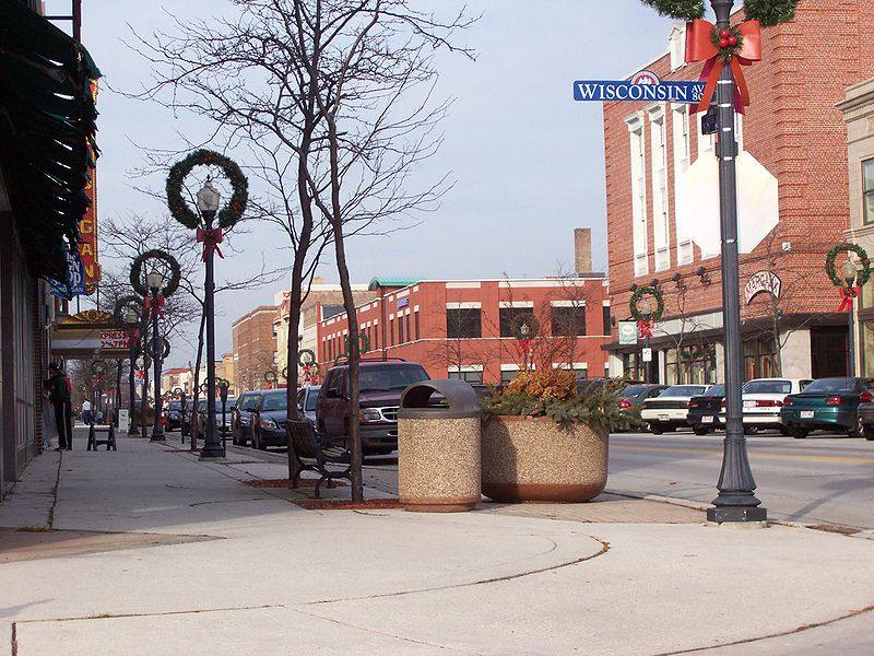 File:SheboyganWisconsinDowntown1.jpg