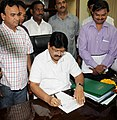 Shri Sarvey Sathyanarayana taking charge as the Minister of State for Road Transport & Highways, in New Delhi on November 01, 2012.jpg