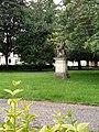 Square Arlette Gruss (Amiens) 03.jpg