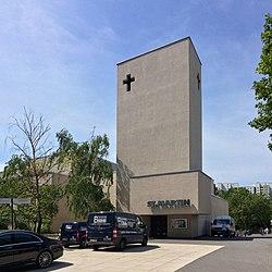 St-Martin-Kirche-Maerkisches-Viertel-Berlin-Reinickendorf-07-2017.jpg